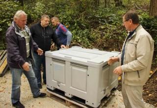Na Sinovske i Vrhe Peharček postavio specijalne kontejnere za odlaganje ambalaže od pesticida
