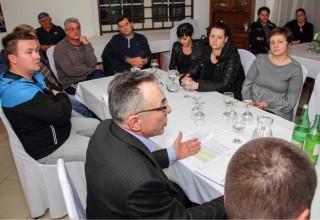 Zbor građana Horvatskog: Grad Ivanec uključuje se u rješavanje rak-rane građana, peradarske farme