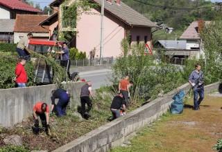 ZELENA ČISTKA  Najveća ekološka akcija na području grada Ivanca u subotu, 13. travnja