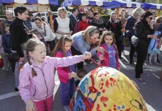U subotu, 20. travnja, Uskrsni sajam na Kinotrgu Ivanec, za djecu druženje s Uskrsnim zecom