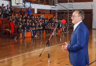Izbornik hrvatske rukometne reprezentacije Lino Červar u Ivancu