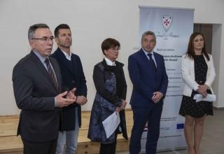 Potpredsjednik Vlade RH P. Štromar otvorio energetski obnovljen društveni dom Lančić-Knapić (1,08 mil. kn)