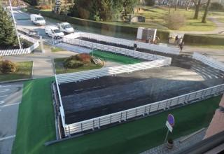 KLIZALIŠTE U tijeku radovi na postavljanju klizališta u strogom gradskom centru Ivanca