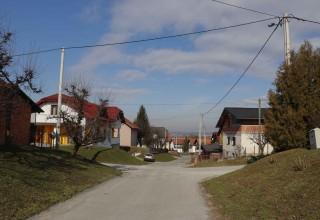ŠIROM GRADA Radovi na postavljanju dopunske javne rasvjete u nizu naselja vrijedni 200.000 kuna