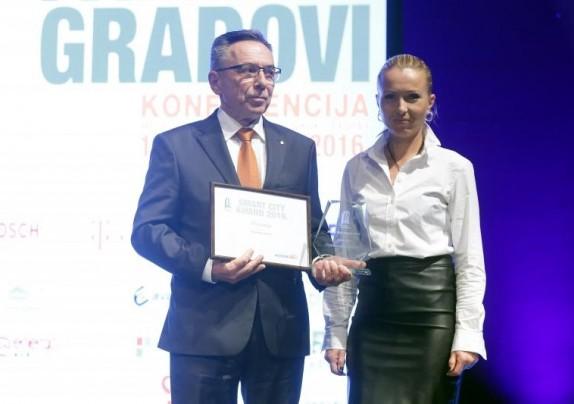 "Smart cities - Gradovi budućnosti 2016. - Gradu Ivancu nagrada ""Pametnija uprava"""