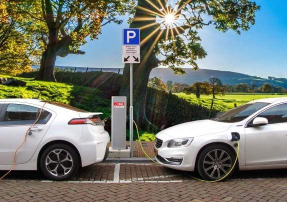 Javni poziv za neposredno sufinanciranje kupnje energetski učinkovitih vozila pravnim osobama