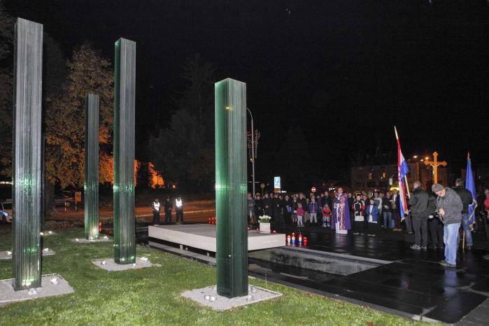 Ivanec s dostojanstvom obilježio Dan sjećanja na Vukovar