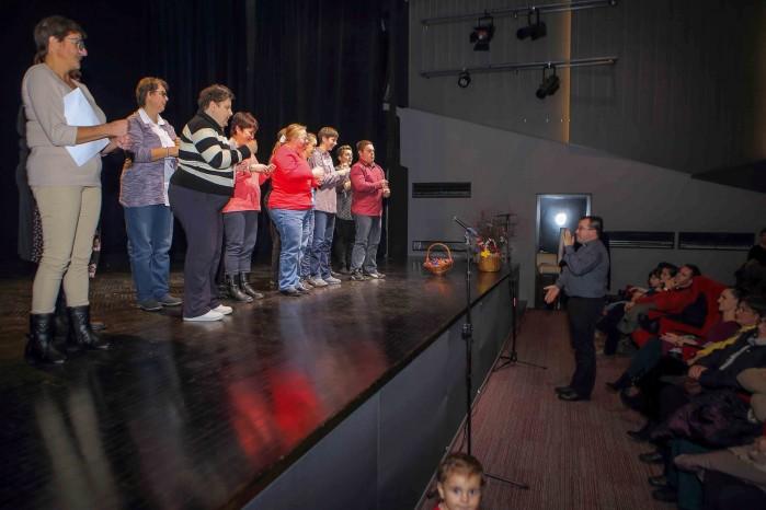 NIKOLINJE  Sv. Nikola u pohodu mališanima i djeci ivanečkoga kraja