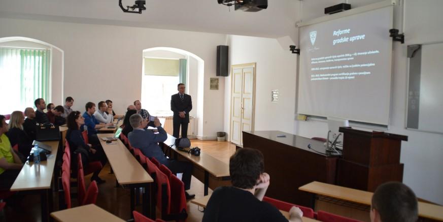 predavanje web1.jpg