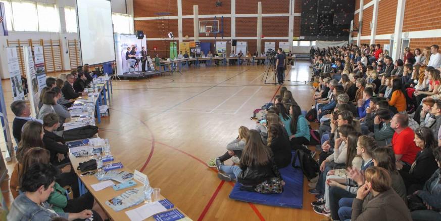 """U Osnovnoj školi Ivanec održana upisna kampanja """"Odaberi svoju školu"""""""