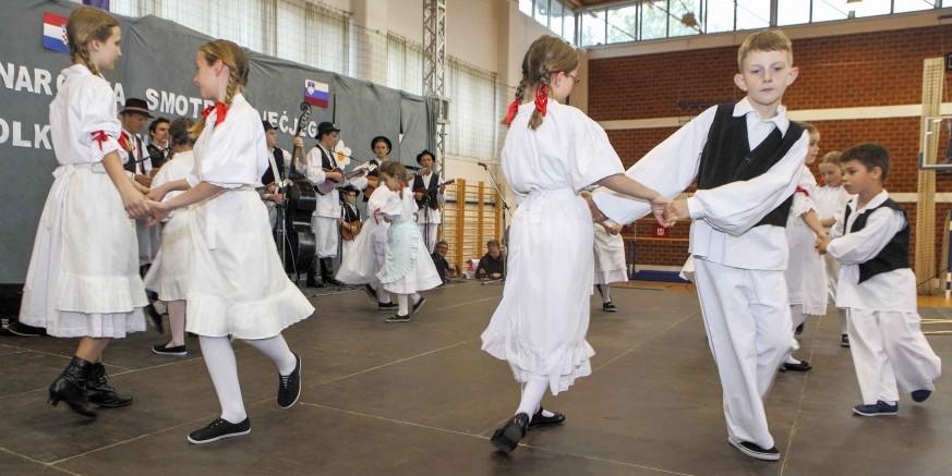 KUD Salinovec organizirao 4. međunarodnu smotru dječjeg folklora
