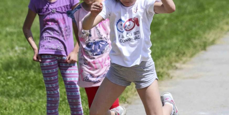 djecje seoske igre2-290516.jpg