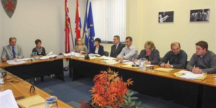 Gradsko vijeće Ivanec: Prezentacija o EU fondovima i projektima koje će na europske natječaje kandidirati Grad Ivanec