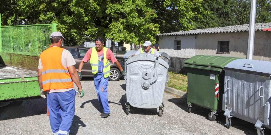 Stari i dotrajali kontejneri za komunalni otpad zamijenjeni novima