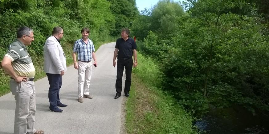 Tijekom srpnja uređenje obala potoka Željeznice i bankine županijske ceste