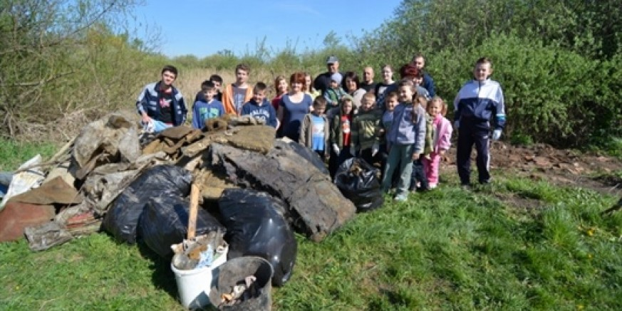 Središnjoj akciji Zelena čistka Ivanec 2015. u subotu se, 25. travnja, odazvalo više od 1.000 volontera! Ukupan odaziv - oko 1700 volontera