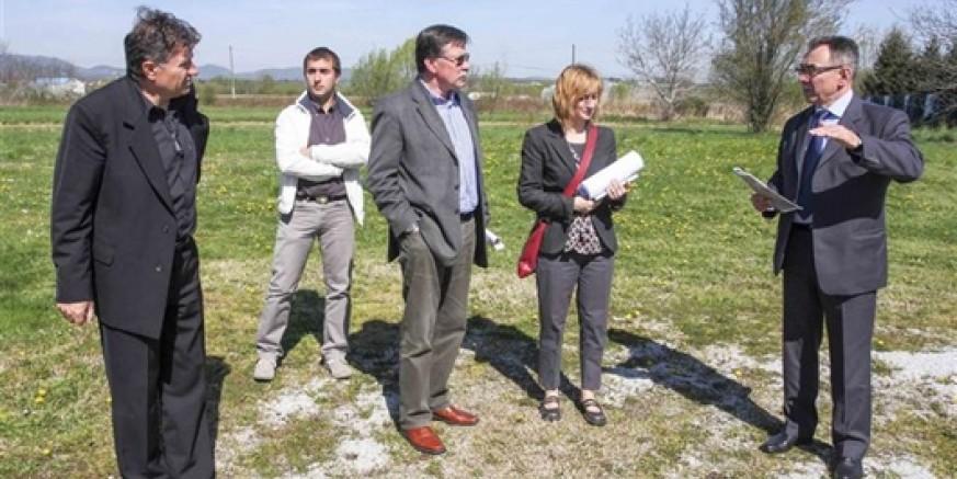 Sastanak gradonačelnika M. Batinića s predstavnicima HC-a i IGH: Ivanec želi izmjenu trase spojne ceste od čvora Ivanec na državnu cestu