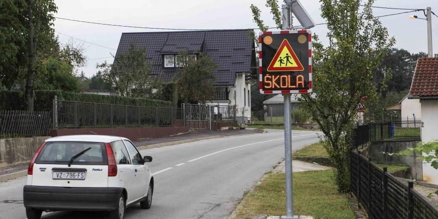 Postavljena je prometna signalizacija na županijskoj cesti kod Područne škole u Kuljevčici