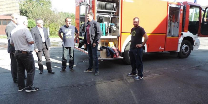 Grad Drniš vratio vatrogasnu cisternu Gradu Ivancu i DVD-u Ivanec