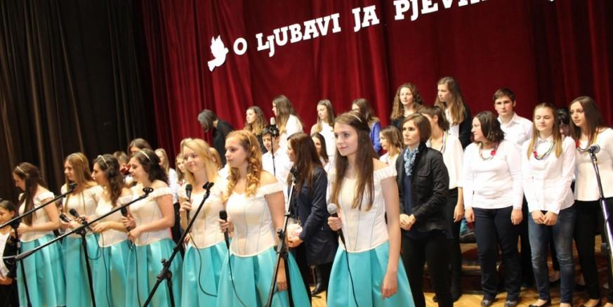 """3. festival duhovne glazbe """"O ljubavi ja pjevam"""" – subota, 29. listopada, u župnoj crkvi Ivanec u 19.00 sati"""