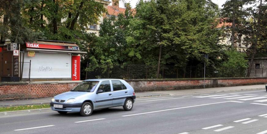 Kada autobusno stajalište kod starog ulaza u Opću bolnicu Varaždin?