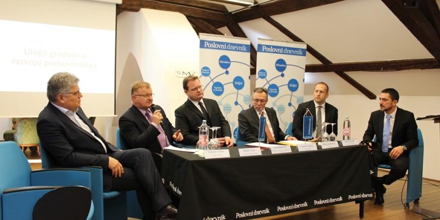 Gradonačelnik M. Batinić na Okruglom stolu u Varaždinu o temi poduzetništva i EU fondova