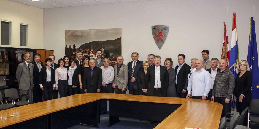 U prijateljskoj atmosferi održana zadnja sjednica Gradskog vijeća Ivanca u mandatu 2013. – 2017.
