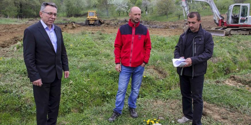 Počelo uređivanje terena za gradnju društvenog doma za MO-e Gečkovec i Vuglovec