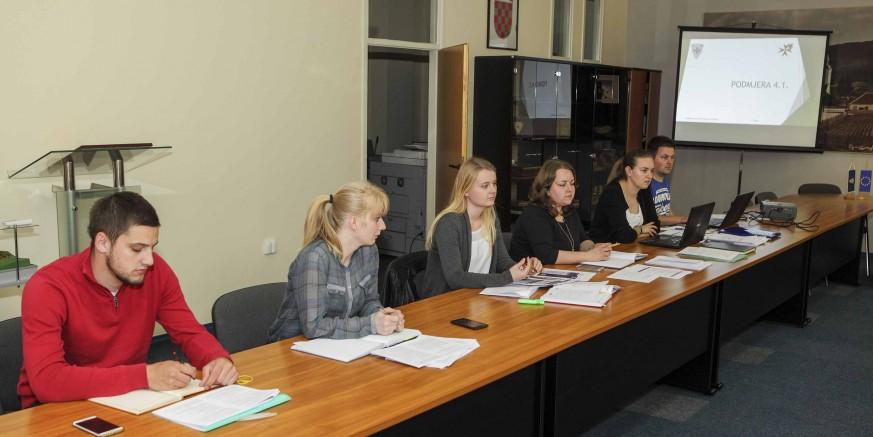 Projektni ured Grada Ivanca održao savjetovanje o bespovratnim potporama za poljoprivrednike