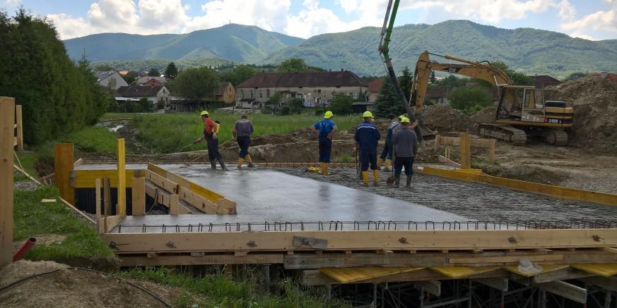 """""""Raste"""" most u Gajevoj"""
