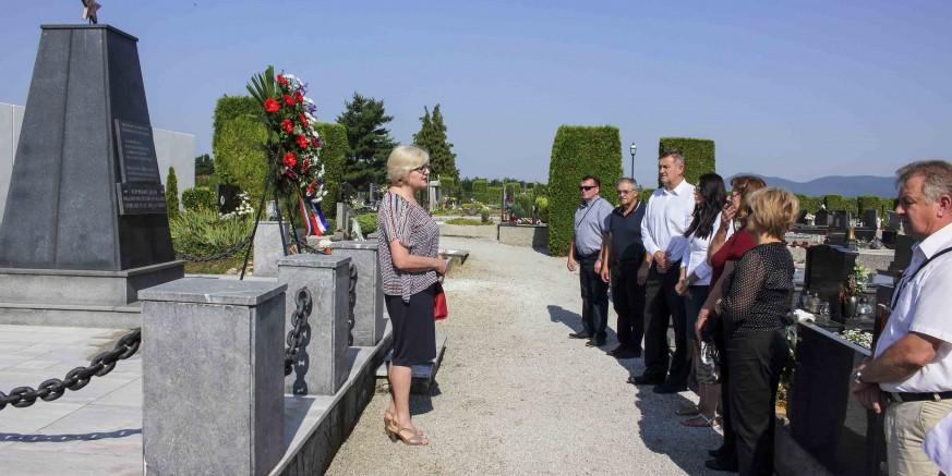 Položeno cvijeće na spomen-obilježja u povodu Dana antifašističke borbe