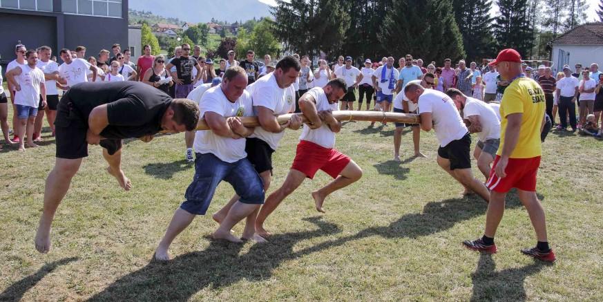 Održane 33. seoske igre starih sportova u Salinovcu