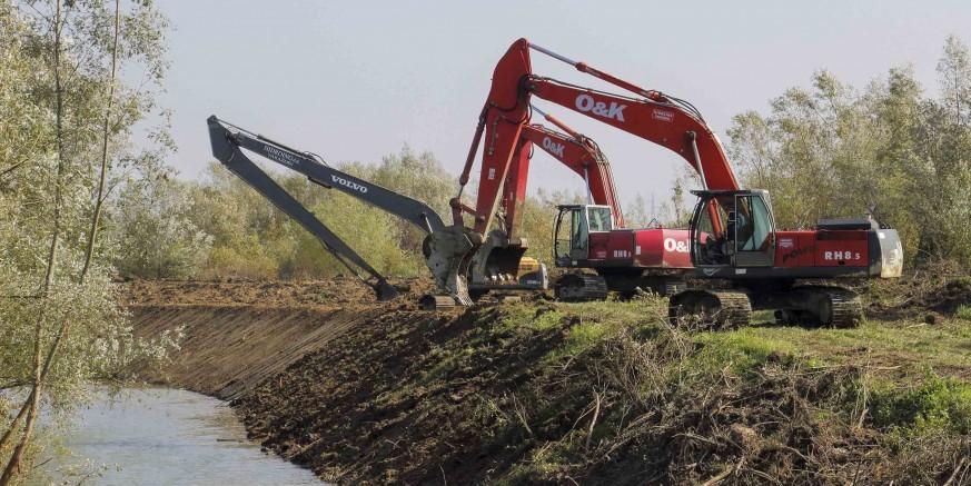 Radi sprečavanja poplava: U tijeku radovi na uređenju 800 metara obala rijeke Bednje