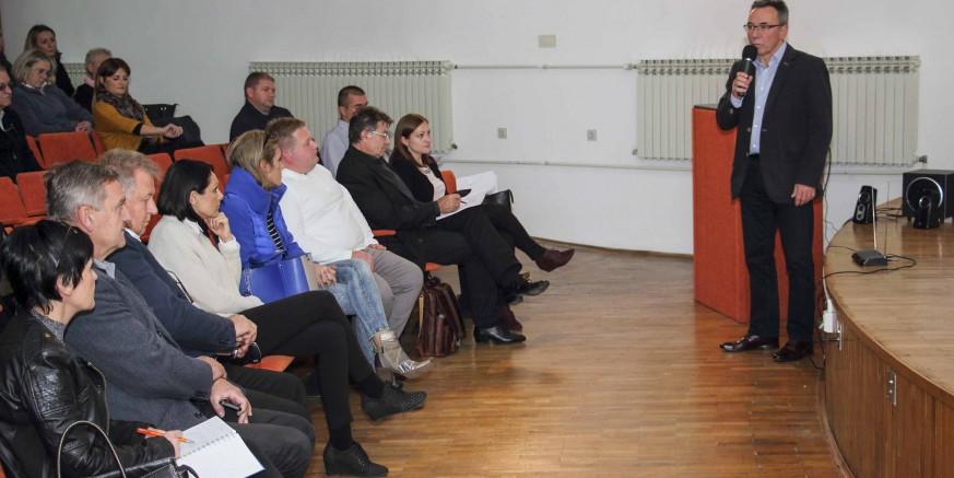 Otvorena javna rasprava o Programu modernizacije NC-a  i Planu uređenja gradskih groblja 2018. – 2022.