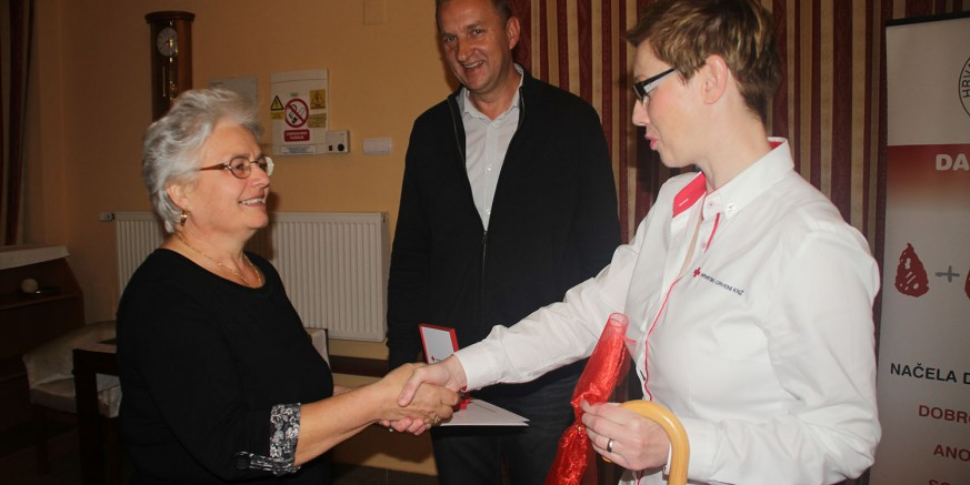 Zahvalnice i priznanja darivateljima krvi Crvenog križa Ivanec