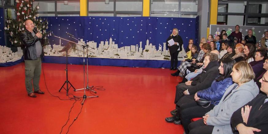 """U ivanečkoj školi otvorena jedinstvena izložba """"O, Betleme, grade slavni od Boga"""""""