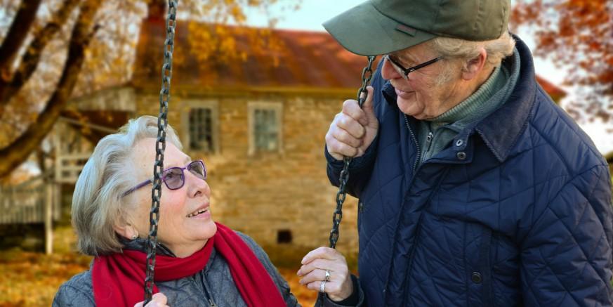 Poziv za prijavu projekata usmjerenih povećanju kvalitete života starijih osoba (iz državnog proračuna za 2018.)