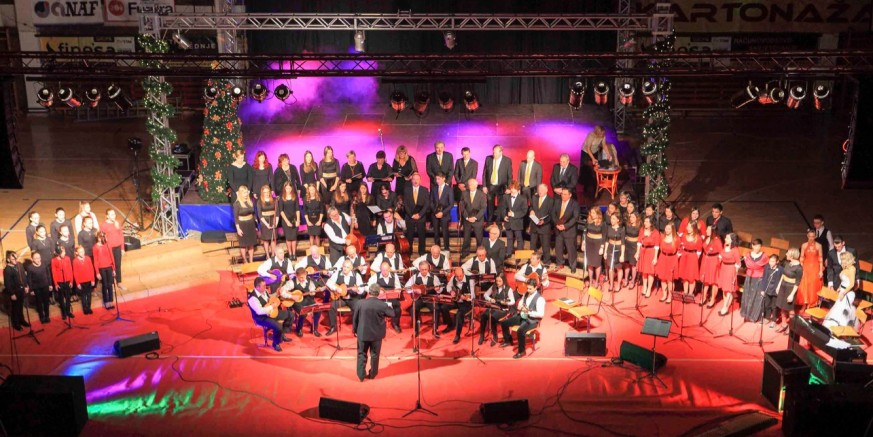 Dođite sutra (29. prosinca) na veliki Božićni koncert u srednjoškolskoj sportskoj dvorani!