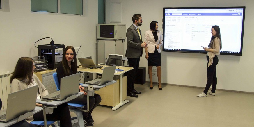 Srednja škola Ivanec odabrana za eksperimentalni program kurikularne reforme Ministarstva znanosti i obrazovanja