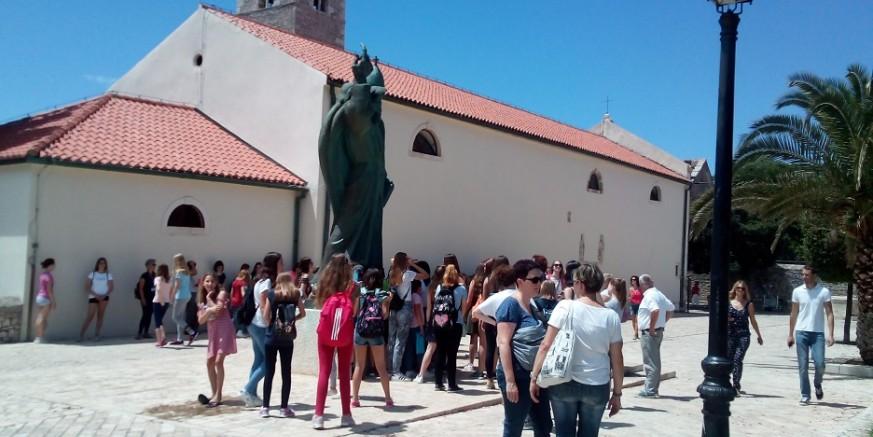 Grad Ivanec 63 učenika i 14 mentora nagradio izletom u Nin i Zadar