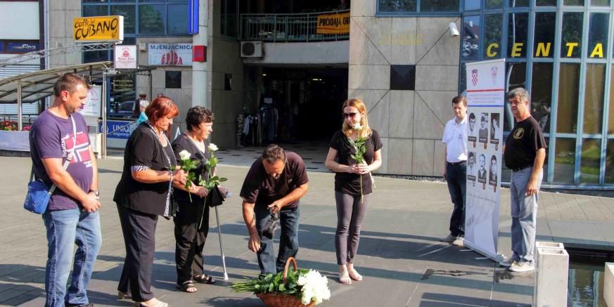 cvijece za branitelje-040818.jpg