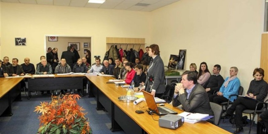 U Gradskoj vijećnici Ivanec održano javno izlaganje Studije utjecaja na okoliš u zahvatu brze ceste Varaždin - Ivanec - Krapina