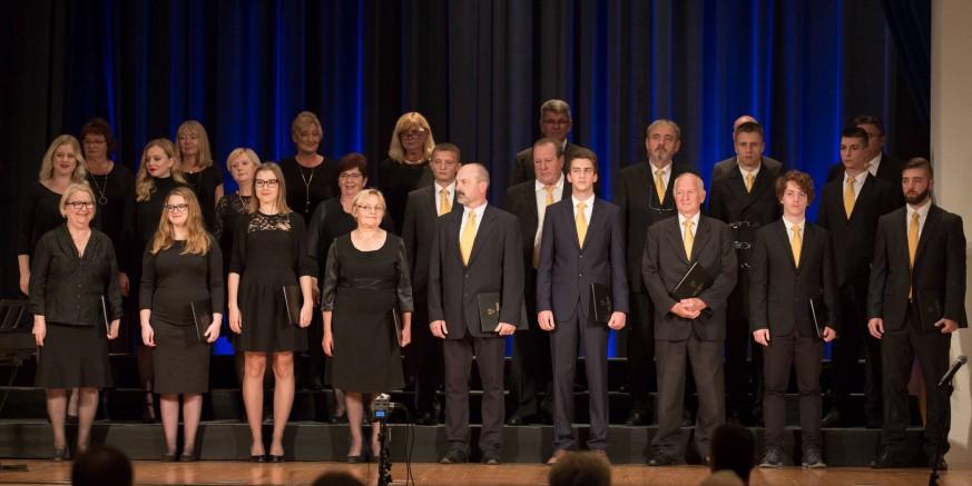"""KUD-u """"Rudolf Rajter"""" brončana plaketa na državnom susretu pjevačkih zborova u Rovinju"""