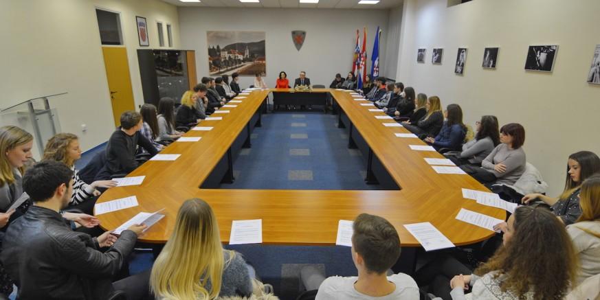 Donesena Odluka o stipendijama Grada Ivanca za ak. godinu 2018./2019.