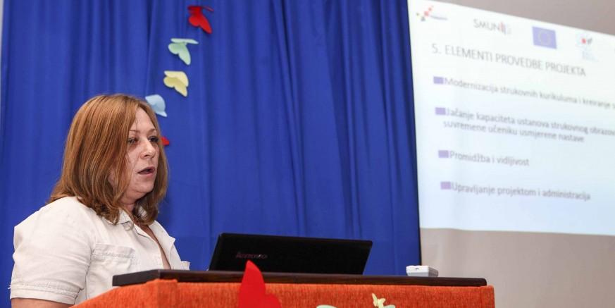 Srednja škola Ivanec provodi pilot - projekt Suvremene metode u nastavi