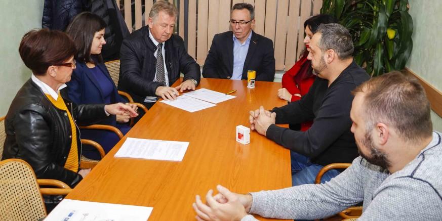 Novi investitor u Industrijskoj zoni: Grad Ivanec i Ivkom potpisali ugovor o kupoprodaji nekretnina s BGW GROUP d.o.o.