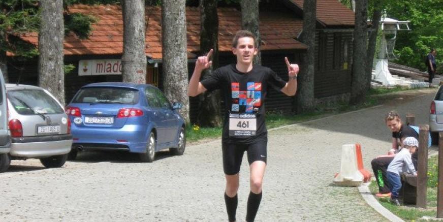 Ivan Jakop ušao u atletsku reprezentaciju RH, prvi nastup 15. kolovoza u Rumunjskoj