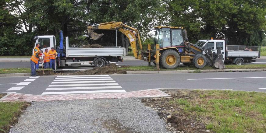 Grad Ivanec provodi radove na otklanjanju arhitektonskih barijera za invalide