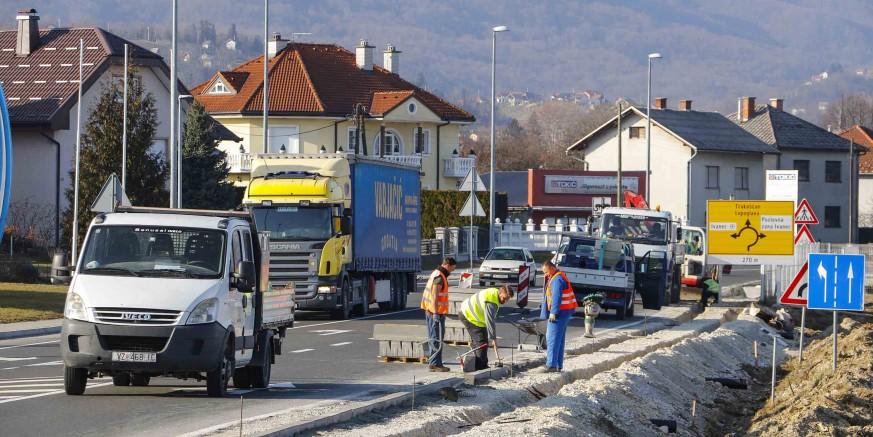 Nastavljena gradnja 1,8 km nogostupa od Ivanca do Ivanečkog Naselja