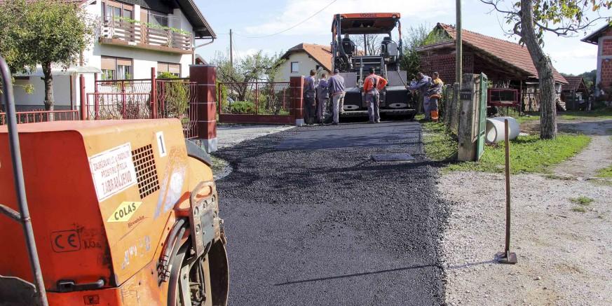 Ministarstvo graditeljstva: Gradu Ivancu 391.000 kuna za nerazvrstane ceste